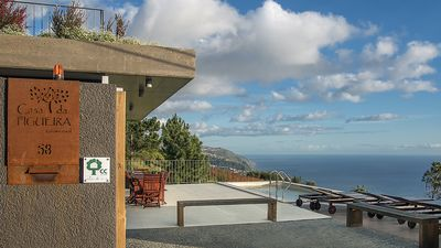 Photo for Fabulous villa, quiet, magnificent panoramic views over the coast and the sea