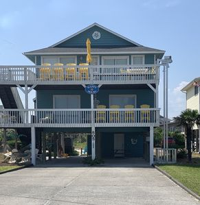 Photo for Welcome to HappyHours!!! 4BdRm, 3Bth, Private Beach Access and Amazing Ameniti