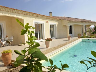 Photo for Holiday villa, near Vallon Pont d'Arc.