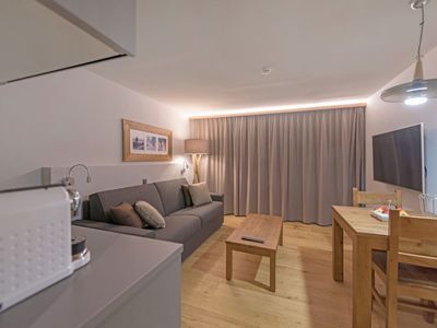 Photo for One bedroom Apartment, sleeps 2 in Merdessonnet with WiFi