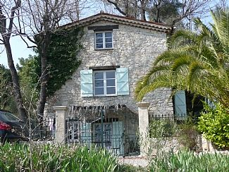 Photo for Beautiful Natural Stone Provencal Mas with Private Pool set in Conservation Area