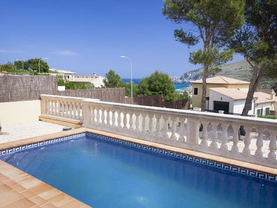 Photo for Estrella Del Mar, family friendly chalet with sea views and pool