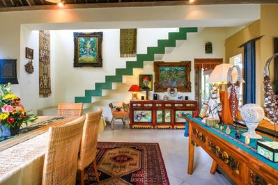 Ubud Jewel/2Bd/2Ba/Pool/AC/Great Breakfa