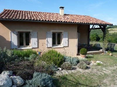 Photo for Bioclimatic house with swimming pool in a peaceful hamlet 3 km from the city center