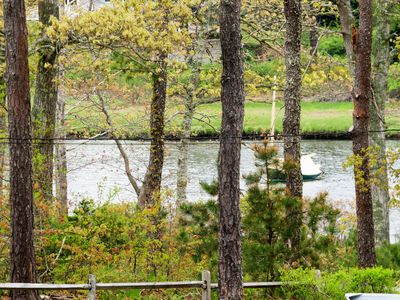 Photo for NEW LISTING! Cozy riverfront house w/views & entertainment-great for families!