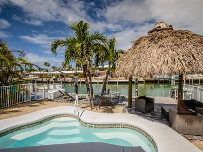 Photo for A Cut Above 3bed 2bath updated half duplex with private pool & Cabana Club