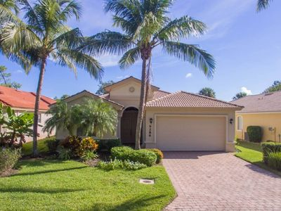 Photo for Gorgeous Pool Home, on Golf Fairway in a Gated Community, Minutes to the Beach!
