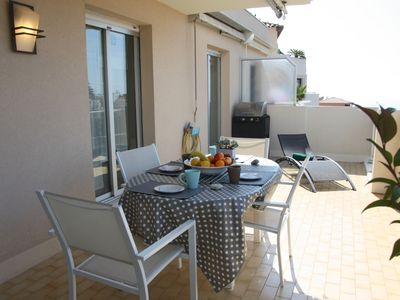 Photo for Selfina: luxurious 2 beds flat, terrace, swimming pool, parking, Nice Fabron