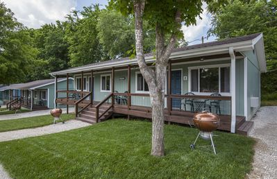 Photo for Driftwater Resort Cabin #8 on lake taneycomo