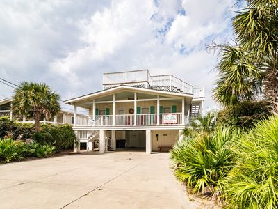 Photo for A Seaside Va Va-Cation  Litchfield Beach Pawleys Island Area home with pool