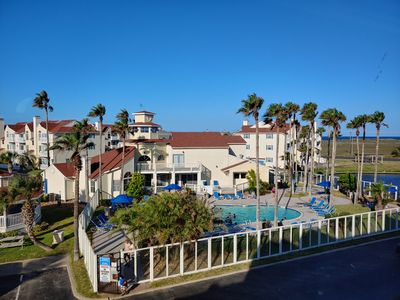 Photo for Nice 2bed/2bath condo! Walking distance to the beach, pool, and fishing pond!