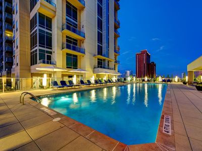 Photo for Uptown Galleria Highrise with City Views