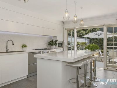Photo for The Manhattan House in Neutral Bay