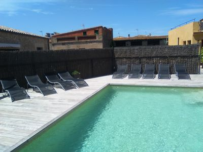 Photo for Ideal  for family groups, with salt water pool. at 5-10 min beach. 2-28 people