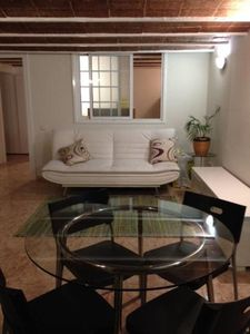 Photo for Central located to visit Barcelona; Fully renovated in 2014:cosy, charming