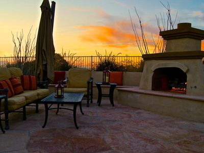 Relaxing outdoor fireplace to enjoy the sunset