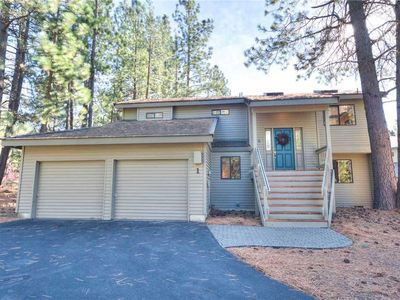 Photo for Family Home near Golf w/ Fireplace, Deck, BBQ and Hot Tub!