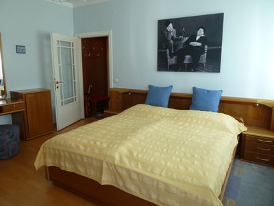 Photo for 52 cozy m² in the east of the city center