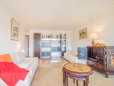 Photo for 1BR Apartment Vacation Rental in Antibes, Provence-Alpes-Côte-D'Azur