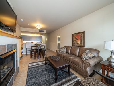 Photo for Chelan Resort Suites 102 - 1 bed, 1 bath, steps to the Lake Chelan