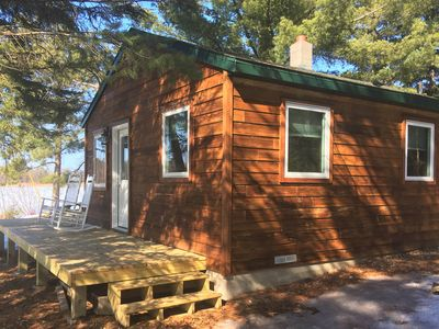 Cabin on beautiful Lake Belle Taine