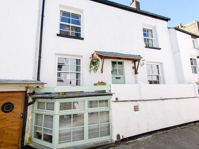 Photo for Cosy pet friendly cottage near Polperro harbour.