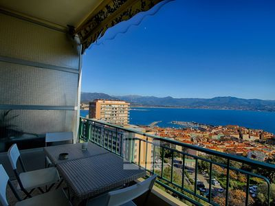 Photo for AJACCIO - Very nice apartment facing the sea F3-151