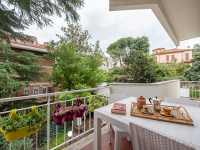 Photo for Comfortable apartment in Rome - Città Giardino