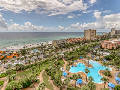 Photo for Deluxe condo w/ gulf view, private balcony - shared fitness room and BBQ area!