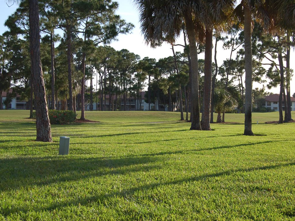 Chateau ~de~ Tyler PGA National, Newly Renovated, Golf View, Palm ...
