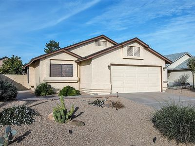 Photo for Beautiful South Scottsdale Home! Plenty of open space & great backyard