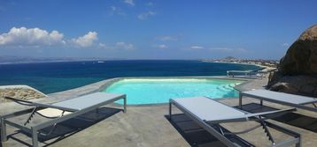 Luxury villa in ORKOS on the most beautiful site of NAXOS (EOT 1174K92001054901)