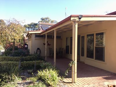 Photo for Ideal location to explore historic Strathalbyn, Wineries, good food and scenery