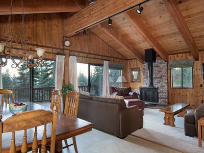 Photo for Spring Special! Family-friendly ski cabin with Lake Tahoe views, deck and wood-burning stove