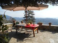 We have had an amazing two weeks at Rustico La Culla - Romantic, Amazing Views, Tranquil.... Perfec!