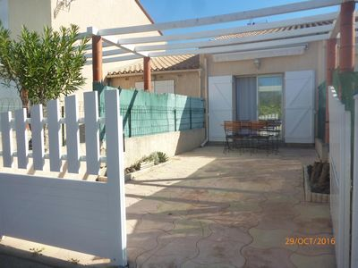 Photo for Villa located in quiet residence - 10 minutes walk from the beach