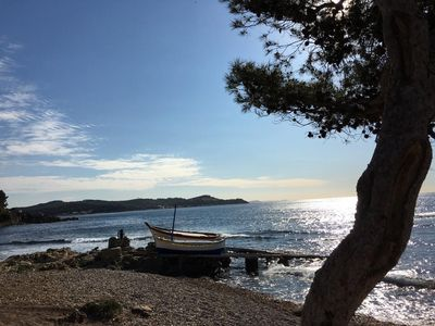 """Photo for """"Alienor"""", charming little apartment in the pine forest 120 m from the beach"""