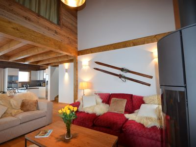 Photo for Beautiful new detached Chalet Ksara, Grimentz. Close to the piste, sleeps 12