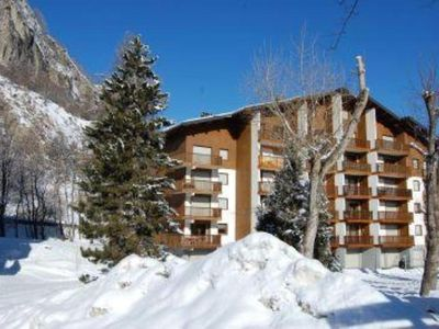 Photo for Quiet and central apartment of 75 sqm with 3 bedrooms and balcony in Valloire