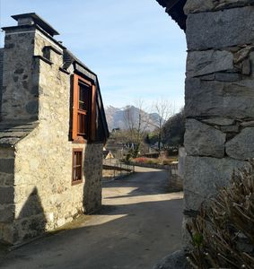 Photo for Charming renovated barn, heart of the village