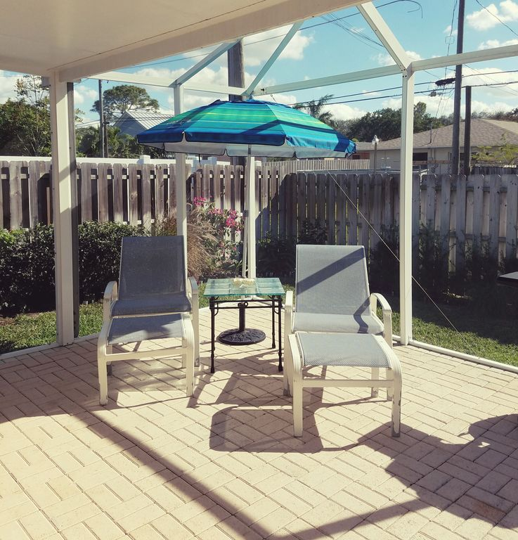 Gulf Shores Beach House Rentals By Owner: ~IRMA Proof :) Naples Cottage By The Gulf Walk Past Ritz