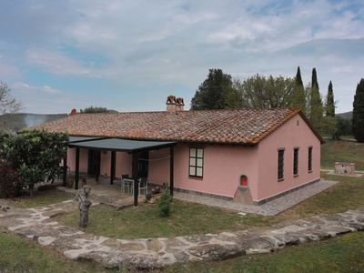 Photo for Typical farmhouse located in a panoramic position a few km from Lake Trasimeno in Umbria, 5 bedrooms
