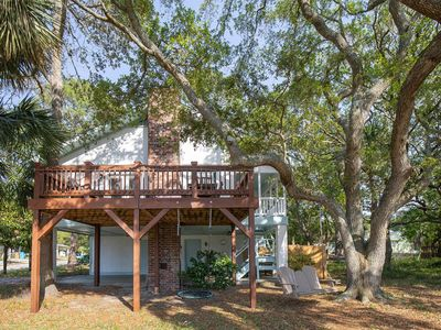 Photo for Open Floor Plan Pet Friendly Cottage and Just 3.5 Blocks to the Beach