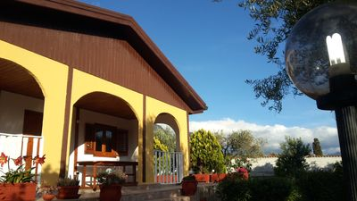 Photo for Comfortable villa surrounded by greenery (Villa Torre Toleda)