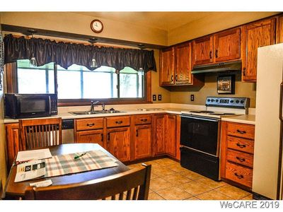 Furnished Home for Short Term rentals close to everything!