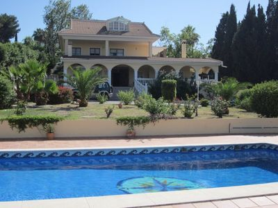 Photo for Beautiful villa with private pool and garden between Malaga and Torremolinos