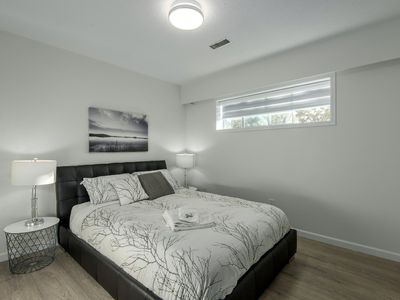 Photo for 3BRM Modern ground level home