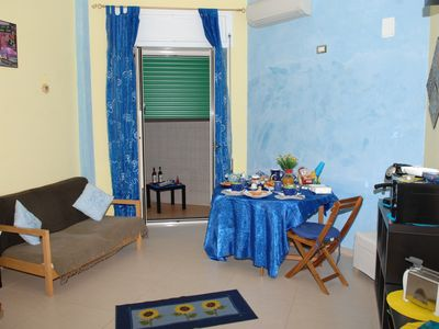 Photo for Lovely apartment, cozy and well cared for, a few meters from the city center