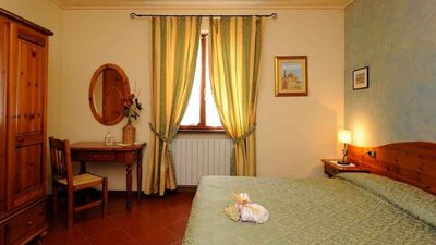 Photo for Cozy apartment for a romantic stay by the lake between Tuscany and Umbria