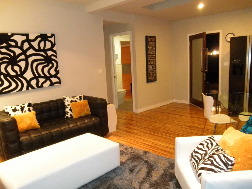 Affordable Luxury in Hot Hollywood only $185.00 per night